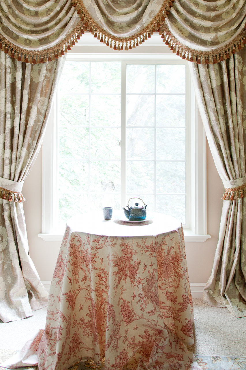 green camellia swag valances curtain draperies. Black Bedroom Furniture Sets. Home Design Ideas