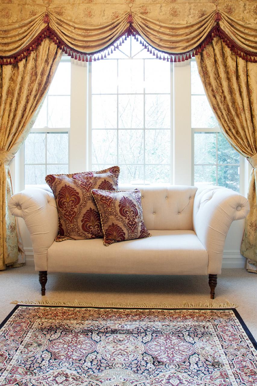 versailles rose swag valances curtain drapes 130. Black Bedroom Furniture Sets. Home Design Ideas