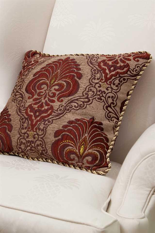 Picture of Rouge Fleur De Lis Pillow Case