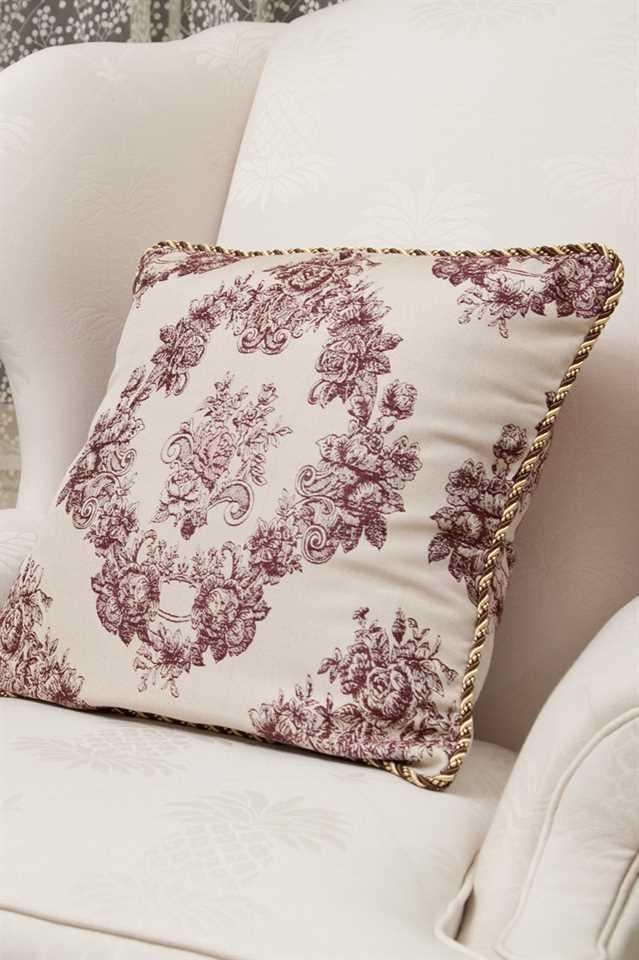 Picture of Toile De Fleur Pillow Case