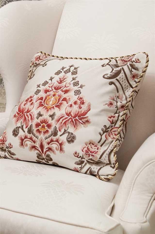 Picture of La Traviata Pillow Case