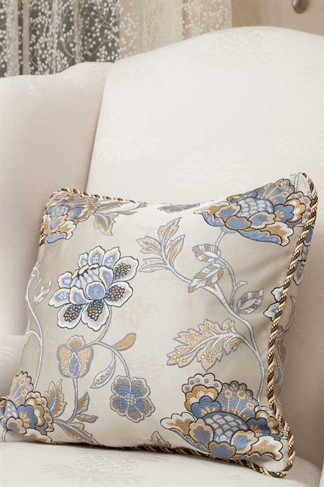 Picture of Persian Garden Pillow Case