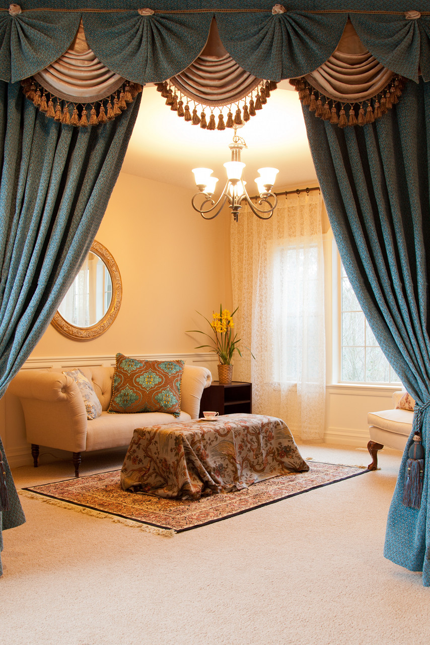 Blue chenille paris salon swag valances curtain drapes for Pareti salone