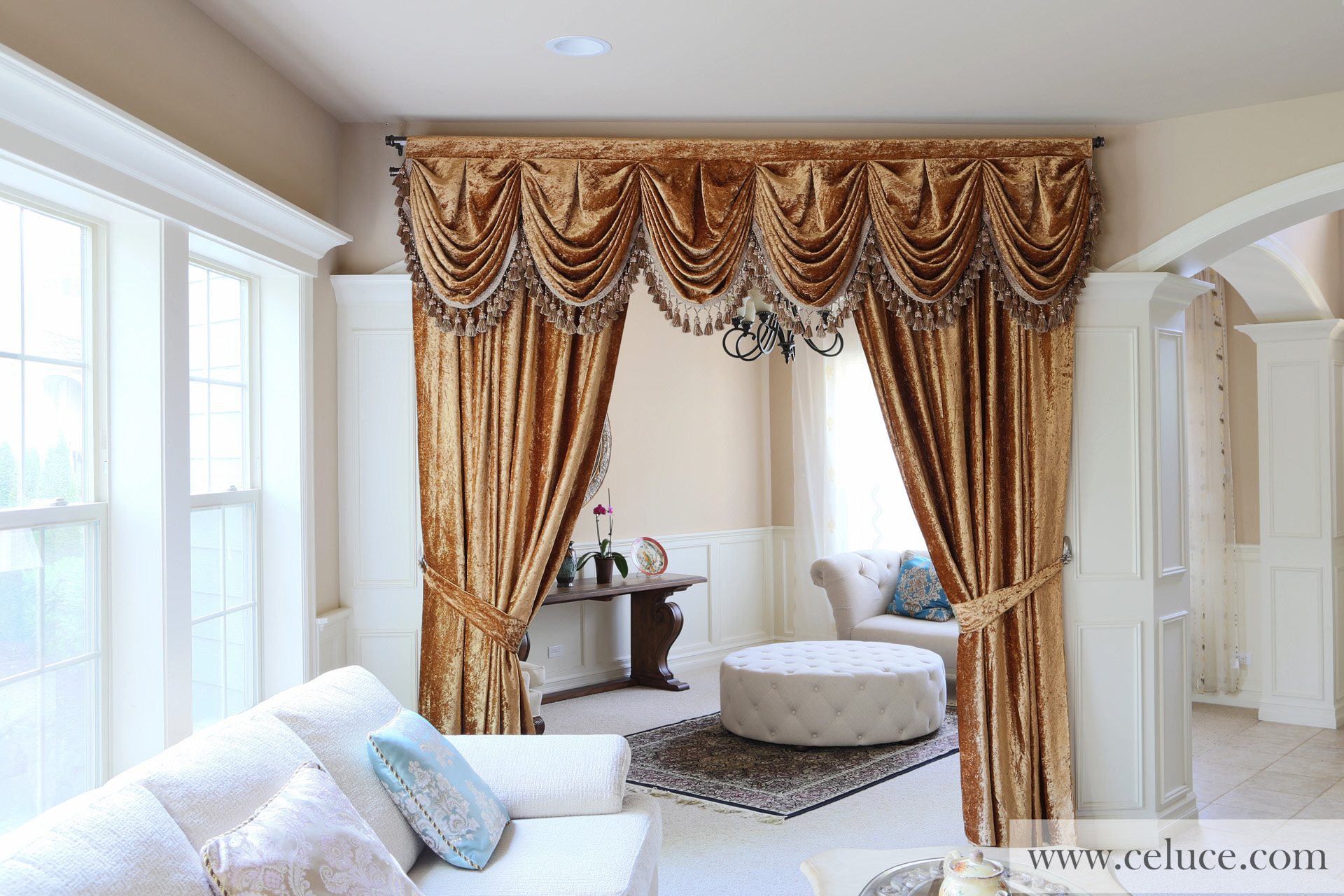 gold velvet pleated austrian style swag valance draperies. Black Bedroom Furniture Sets. Home Design Ideas