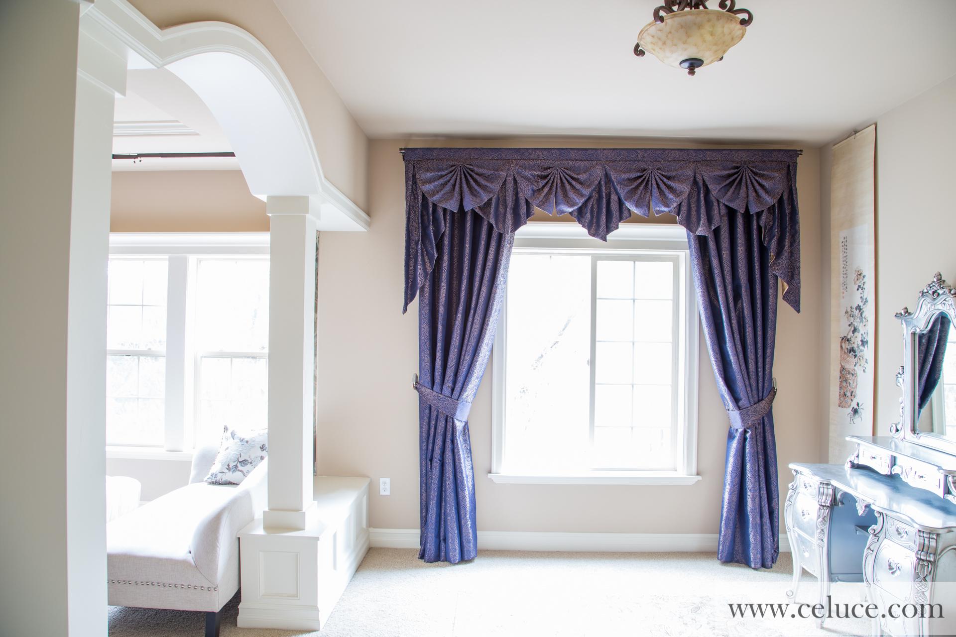 Renaissance arabesque paris salon cascade valances curtain for Salon medieval