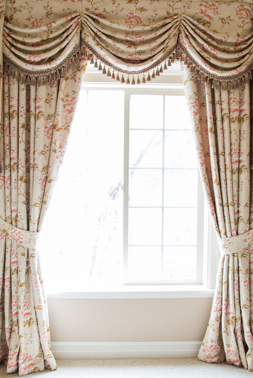 austrian swag valances curtain drapes debutante. Black Bedroom Furniture Sets. Home Design Ideas