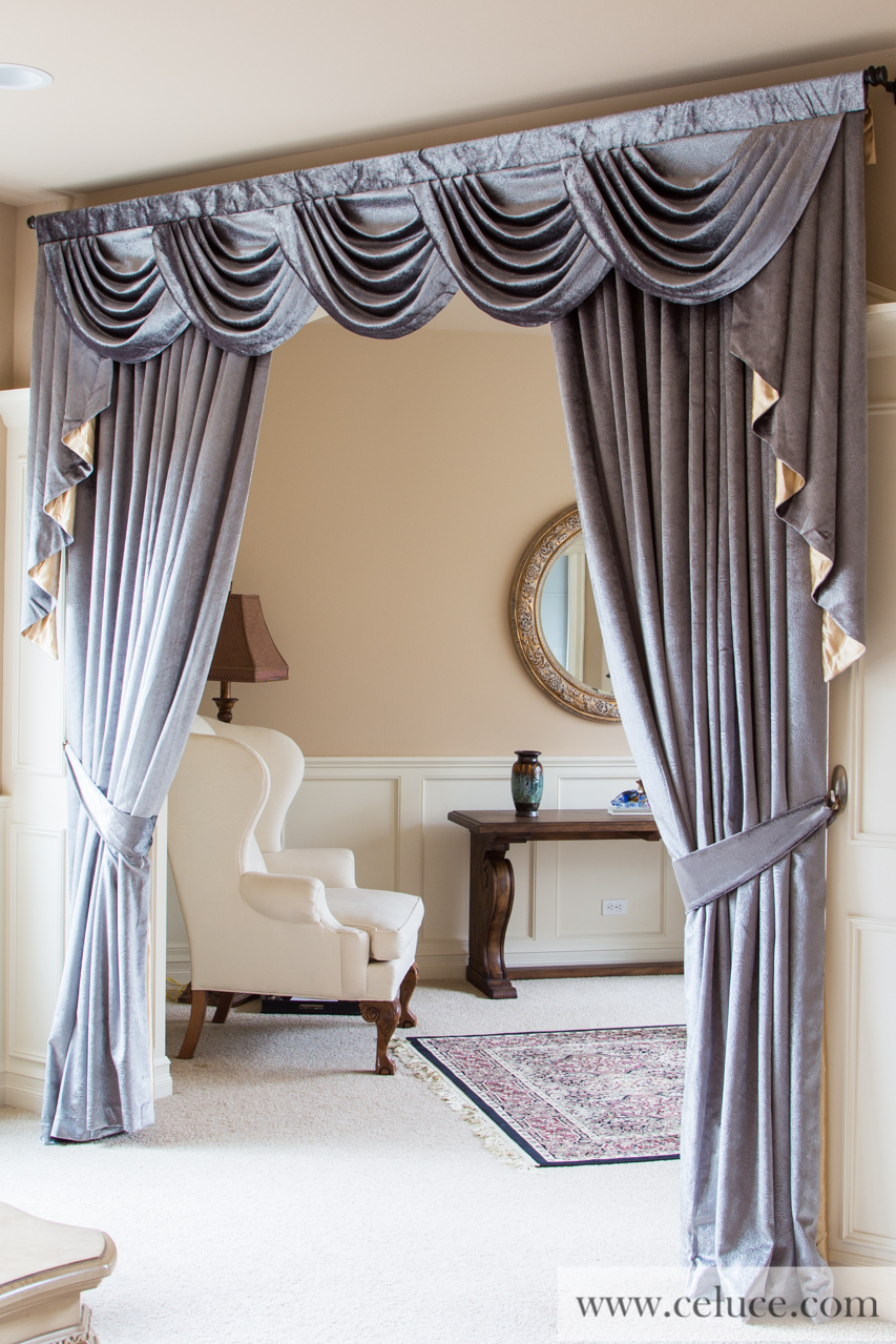 silver pearl dahlia half overlapping swag valance curtains. Black Bedroom Furniture Sets. Home Design Ideas