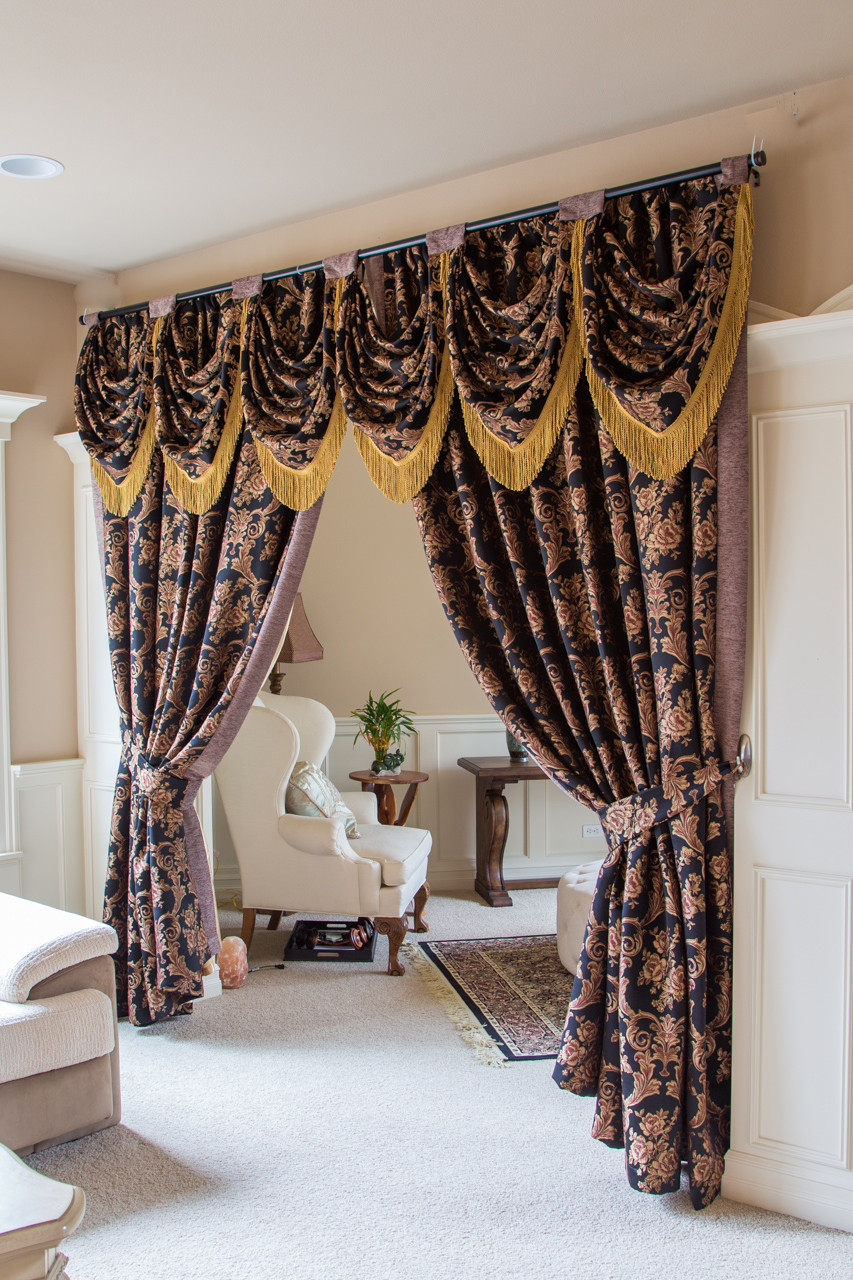 Royal Black Tab Top Teardrop Swag Valance Draperies