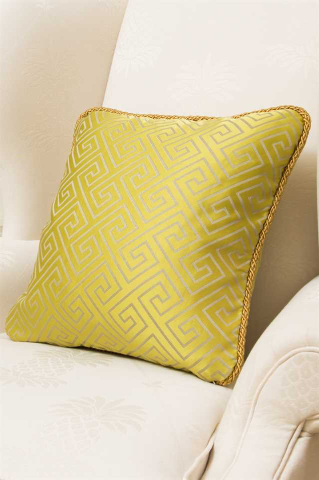 Picture of Yellow Greek Key Pillow Case