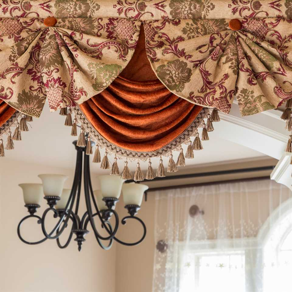 Picture of Rosy Queen - Paris Salon Style
